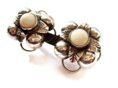 Vintage Mexican ?Taxco silver and white stone brooch, flower design, 1930s / 1940s. Handmade. #61.