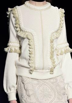 Embellished knit tassel jumper; contemporary knitwear details // Andrew Gn Fall 2016