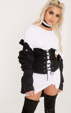 Black Denim Lace Up Corset BeltStyle up any outfit with this bang on trend corset belt. Featuring...