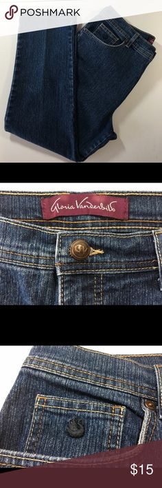 "Gloria Vanderbilt ""Amanda""  size 14P Jeans 5 pocket classic rise that sits at natural waist.  77% cotton, 21% polyester, 2% spandex.  Slightly used, no wear, Great condition. Gloria Vanderbilt Jeans"