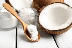 Poznaj lepiej olej kokosowy (rafinowany i nierafinowany) oraz jego właściwości w diecie i wpływ na włosy, ciało, skórę oraz dowiedz się gdzie go kupić.