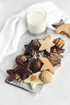 Chocolate covered gingerbread cookies - December 26 2018 at - and Inspiration - Yummy Fatty Meals - Comfort Foods Recipe Ideas - And Kitchen Motivation - Delicious Steaks - Food Addiction Pictures - Decadent Lifestyle Choices Baking With Almond Flour, Baking Flour, Chocolate Sticks, Melting Chocolate, Chocolate Cookies, Gingerbread Cookies, Christmas Cookies, Christmas Holiday, Italian Christmas