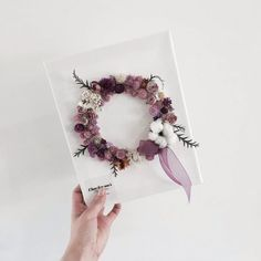 Best 12 This would look nice framed. How To Wrap Flowers, How To Preserve Flowers, Faux Flowers, Diy Flowers, Paper Flowers, Dried Flower Wreaths, Flower Packaging, Creative Gift Wrapping, Inspirational Gifts