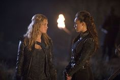 The 100 CW - E2x14 Bodyguard of Lies - Commander Lexa, Clarke Griffin - Eliza Taylor, Alycia Debnam Carey #The100
