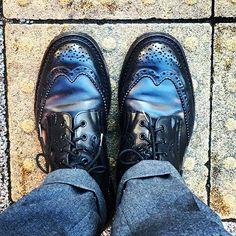 2016/12/28 12:39:25 taiyoukai37 . トリッカーズのコードバン。 色はネイビー。 仕事納めなので、靴磨きをしてから出勤。 明日から7連休はうれし😌 . #双子兄が特待生の枠が取れた事 #すごく喜んでる #塾でも先生含めて #盛り上がってる #でも目指すのは更に上の高校 #だそうです . #トリッカーズ#コードバン#trickortreat #trickers #オールデン#ウイングチップ #alden#cordovan#instagram#instagood#followme#shoes#snapshot#shoesfashion#instashoes#wingtip#trickers#ootd#coordinate#code#instafashion#足元倶楽部#あしもとくらぶ#あしもと倶楽部#お洒落さんと繋がりたい