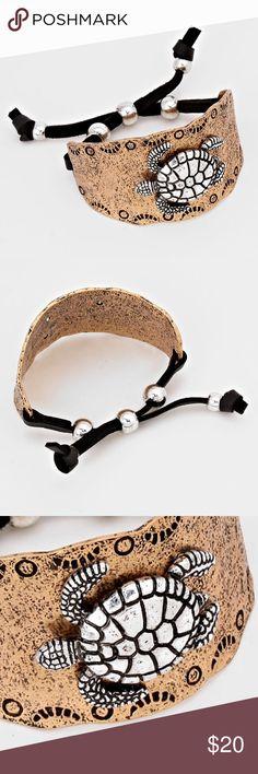 """Vintage Turtle Bracelet • Theme : Reptile, Sea Life  • Size : 1/2"""" H, 2 1/2"""" D • Adjustable • Faux Leather • Vintage Metal Turtle Adjustable Bracelet Jewelry Bracelets"""