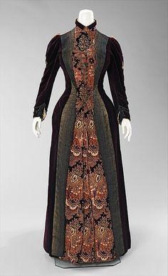 omgthatdress:    Dress, 1888. The Metropolitan Museum of Art