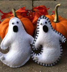 Ghost Felt Ornament, www.etsy.com/shop/patsfabriccreations