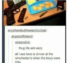 i so see Dean heating Sam up his nuggets while he moves a few pistols and ammo aside to make room for little sammy a true fan Destiel, Johnlock, Supernatural Memes, Supernatural Crossover, Supernatural Tattoo, Supernatural Wallpaper, Winchester Boys, Winchester Brothers, Bubbline