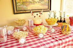 Popcorn Bar - great idea for teenage birthday party or any party! @yourhomebasedmom,   #partyideas, #popcorn