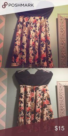 A'gaci Sweetheart shape strapless dress Wore it twice. Very beautiful dress! a'gaci Dresses Strapless