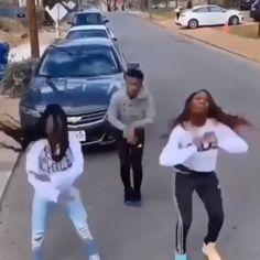 Which one better 1 or  Danse Twerk, Twerk Dance, Black People Memes, Funny Black Memes, Dance Music Videos, Dance Choreography Videos, Music Mood, Mood Songs, Funny Video Memes