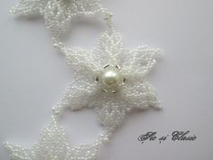 White stars necklace