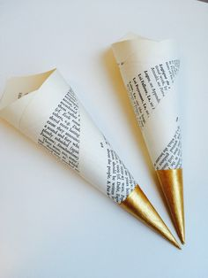 100 Book page confetti cones, petal toss cones, candy cones with hand painted gold tips by Wisteriaavenueuk on Etsy https://www.etsy.com/uk/listing/220906820/100-book-page-confetti-cones-petal-toss