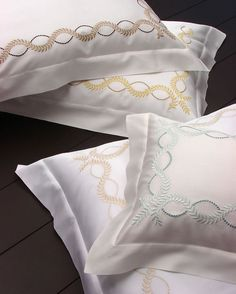 DIANA EMBROIDERY by DEA - Dea linens are amongst the best in the world, the cotton is always 100 percent long staple Egyptian cotton. Diana embroidery is available on percale or sateen, produced from a special loom and the finishing of the fabric gives it its luster and soft touch. Diana is hand cut and sewn entirely in Italy by the finest artisans, available in a multitude of designer colors and finished with a beautiful single hem.