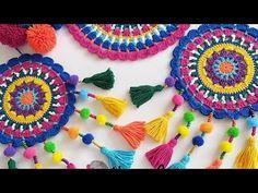 Crochet Pillow Pattern, Crochet Motif, Crochet Designs, Crochet Crafts, Crochet Projects, Bridesmaid Dresses With Sleeves, Crochet Table Runner, Crochet Videos, Learn To Crochet