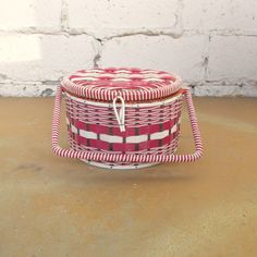 Vintage Sewing Basket, 1950s Mid Century Round Plastic Woven Pink Fuchsia White Brown with Handle and Tray, Made in Japan, Sewing Storage by viAnneli on Etsy