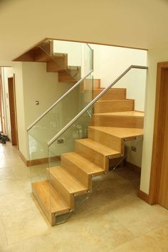 Hartley Bespoke Staircases for a Contemporary Home by Canal Engineering Ltd, via Behance
