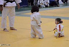 Karate para los más pequeños { GIF } #deporte #niños