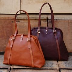 0162cb0deda5 I love these leather tote bags from Herz