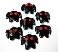Items similar to Mothman Charm on Etsy Art Crafts, Arts And Crafts, Palmer Clay, Mothman, Cryptozoology, Diy Clay, Clay Charms, Clay Ideas, Pills