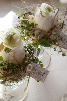 Lovely - would be great for place cards at an Easter brunch