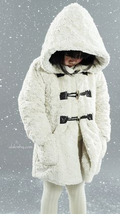 ALALOSHA: VOGUE ENFANTS: The most snowy campaigns: Lili Gaufrette for kids AW2011