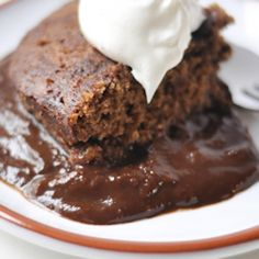 This simple, decadent chocolate cake melts in your mouth. The proof is in the pudding - and you'll only need one bite to add this one to your regular recipe repertoire. Brownie Pudding, Chocolate Pudding Cake, Decadent Chocolate Cake, Pudding Desserts, Chocolate Cake Mixes, Pudding Recipes, Cake Recipes, Dessert Recipes, Chicken Nutrition Facts