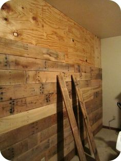 paredes forradas con listones salvaged wood walls. Black Bedroom Furniture Sets. Home Design Ideas