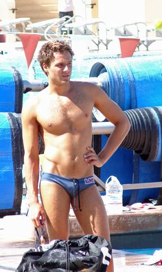 footyandthings:  splashshots:  Water Polo Player  perfection!