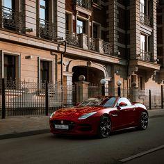 """111.6k aprecieri, 336 comentarii - Jaguar (@jaguar) pe Instagram: """"Russian roar. #Jaguar #FTYPE. 📷: @21depth. #Convertible #Power #Performance #AmazingCars247…"""""""
