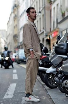 A men's fashion/lifestyle moodboard featuring men's street style looks, beards and various facial hair styles, tattoo art, inspiring street fashion photography, and clothing from the best menswear labels and streetwear brands. Look Fashion, Mens Fashion, Slim Fit Tuxedo, Look Man, Summer Suits, Men Street, Street Wear, Stylish Men, Mens Suits