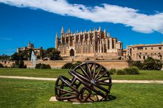 Cathedral and Parc de la Mar - Palma de Mallorca, Spain.