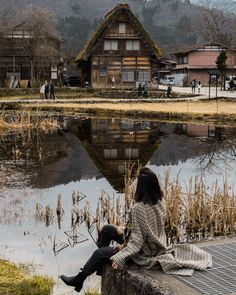 Shirakawago, UNESCO site in Japan, Kanazawa trip from Tokyo, must-visit cities in Japan, photogenic and charming towns in Japan - FOREVERVANNY Kanazawa Japan, Shirakawa Go, Most Beautiful Gardens, Photo Diary, Weekend Trips, World Heritage Sites, Japan Travel, Kyoto, Animal Crossing