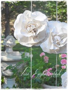 ~This listing is for seven INDIVIDUAL, 7 foot long, vintage book page garlands. For your beautiful wedding ceremony or special occasion photo backdrops or photo props. ~There are a total of 18 roses in 9 clusters on each garland. Each cluster of two flowers is spaced 6 apart and are