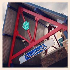 Allentown stop on Penna. Turnpike via guest photographer @matt2397