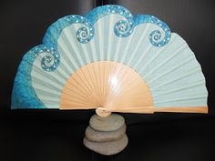 Paper Fans, Chinese Style, Hand Fan, Diy And Crafts, Pretty, Places, Hand Fans, Saints, Painted Fan