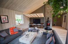 Using Biophilic Design principles - Interior design work by Oliver Heath Design for Tid for Hjem in Norway Photograph by Jan Inge Mevold Skogheim Interior Design Work, Design Consultant, Outdoor Furniture, Outdoor Decor, Interior Architecture, Cosy, Bali, Relax, Living Room