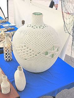 Knotted Bottle Cover