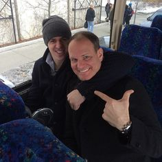Looks like Geno kept his word and sat with Potash on the bus! Ted Lindsay, Evgeni Malkin, Pittsburgh Penguins Hockey, Pittsburgh Sports, Lets Go Pens, Hockey Memes, Hockey Season, Penguin Love, Hockey Puck
