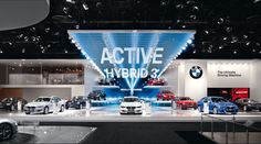 BMW at the 2012 Detroit Motor Show The BMW 3 Series has always represented sportiness, topping the leaderboard in its segment. This positio. Museum Exhibition Design, Exhibition Stall, Exhibition Display, Stage Design, Event Design, Bmw, Detroit Motors, Temporary Architecture, Media Design