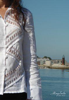 Textiles, Fashion, White Shirts, Linen Shirts, White Colors, Embroidered Clothes, Elegance Fashion, Tejidos, Fashion Styles