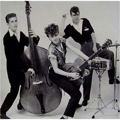 First professional photo of The Stray Cats EVER ! 1979 New York