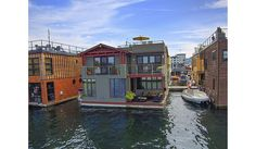 I think this floating home would be fun to live in.