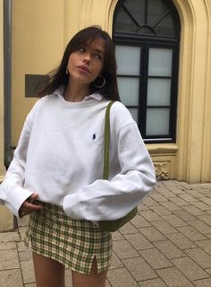 School Fashion, Teen Fashion, Fashion Outfits, Fashion 2020, Look Fashion, Timeless Fashion, Fashion Brand, Korean Fashion, Fashion Beauty