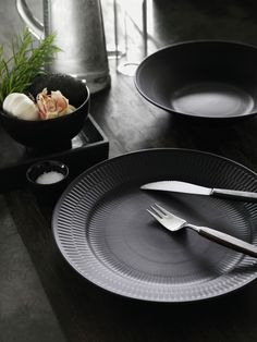 Black Fluted (Royal Copenhagen)