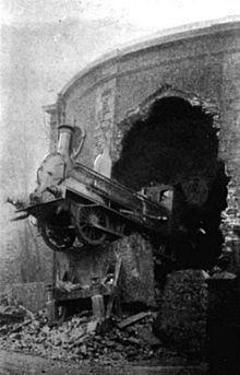 Harcourt Street Station train crash 1900