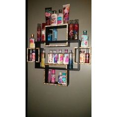 via pinterest.com Make-up is so fun to acquire but such a problem to keep it organized! If you're fed up of trying to