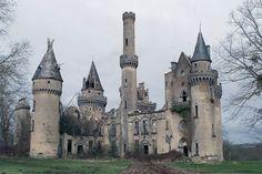 "marjoleinhoekendijk: "" "" A beautiful sadness: The Abandoned Chateau de Bagnac "" """