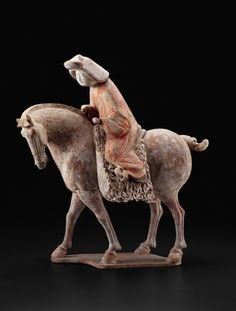Chinese    Equestrienne, Tang dynasty (A.D. 618-907), c. 725/750    Earthenware with polychrome pigments, 56.2 x 48.2 x 39.0 cm (32 1/8 x 19 x 15 3/8 in.), Gift of Mrs. Potter Palmer Wood, 1970.1073  artic.edu Ancient China, Ancient Art, Chinese Culture, Chinese Art, Chinese Painting, Chinese Figurines, Chicago Art, Terracota, Ceramic Figures